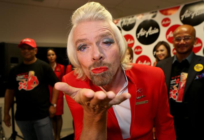 Richard-Branson-AirAsia-Flight-Attendant